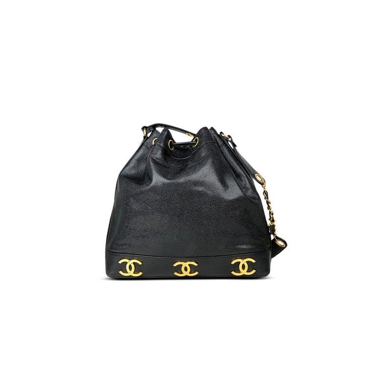 Chanel Black Caviar Bucket Bag In Good Condition In Sundbyberg, SE