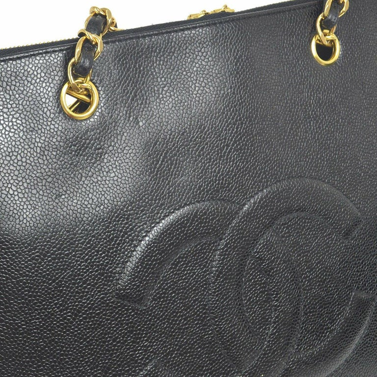 Chanel Black Caviar Chain Flap Business Laptop Carryall Travel Shoulder Bag In Good Condition For Sale In Chicago, IL