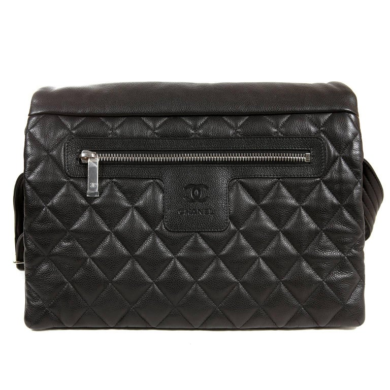 cb5ff606f88f37 Women's or Men's Chanel Black Caviar Large Coco Cocoon Messenger Bag For  Sale