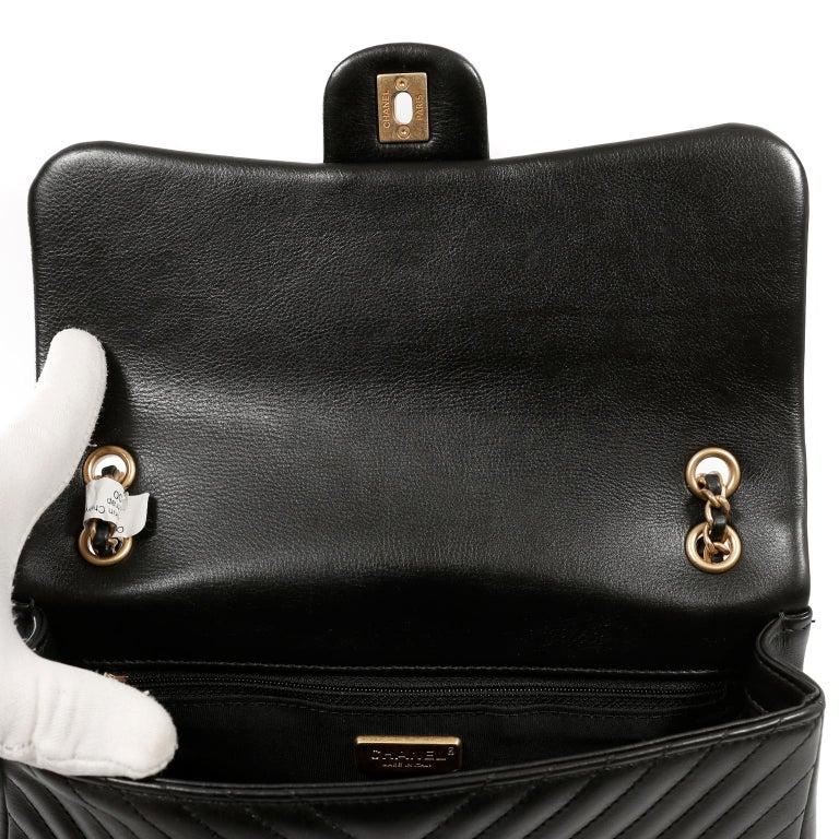Women's Chanel Black Chevron Calfskin Rock The Corner Flap Bag