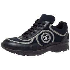 Chanel Black Fabric And Leather CC Low Top Sneakers Size 38.5