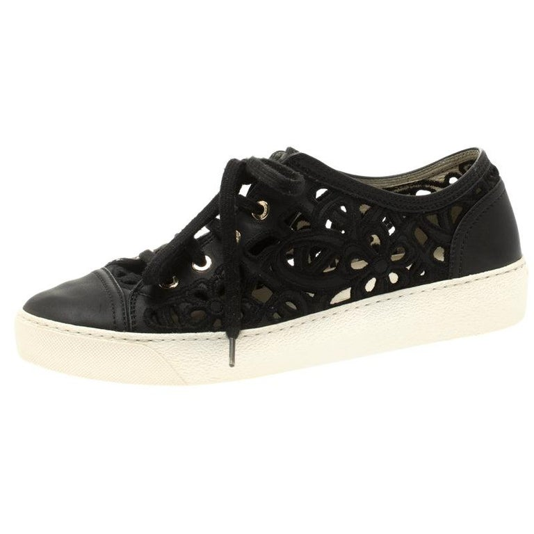 Chanel Black Flower Cutout Leather Sneakers Size 38.5 For Sale