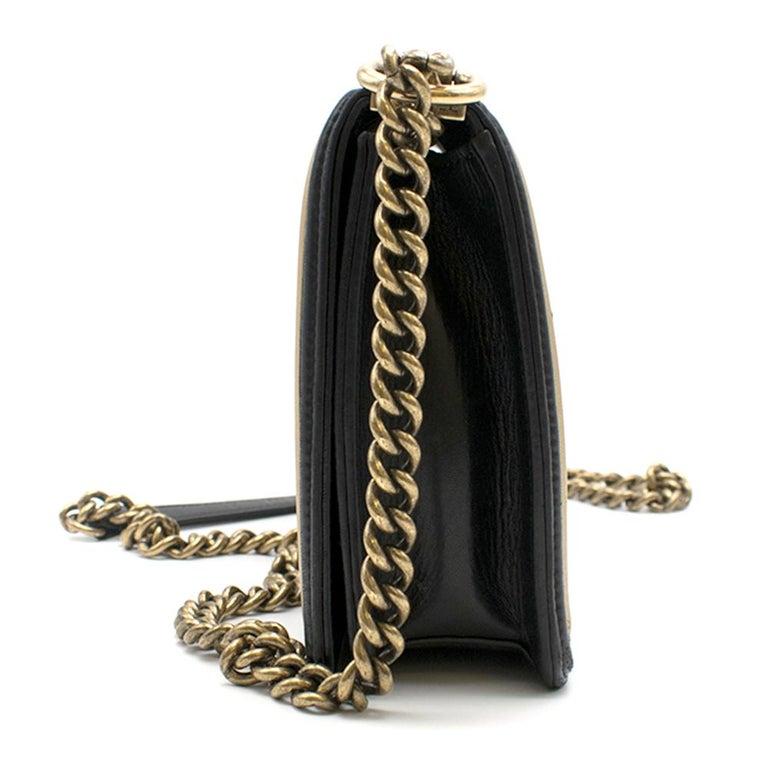 Women's Chanel Black & Gold Medium Boy Bag 24cm For Sale