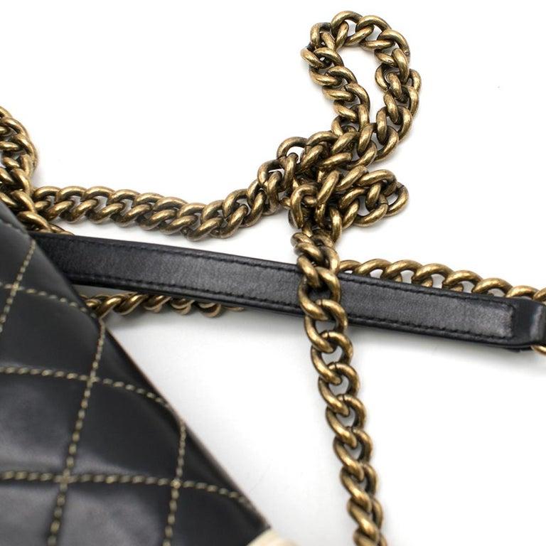 Chanel Black & Gold Medium Boy Bag 24cm For Sale 1