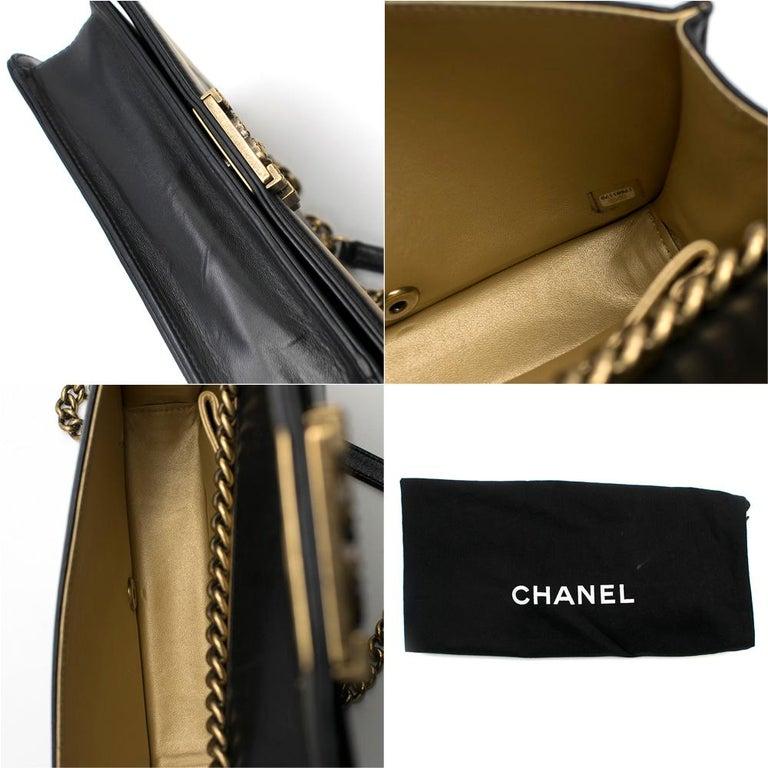 Chanel Black & Gold Medium Boy Bag 24cm For Sale 2