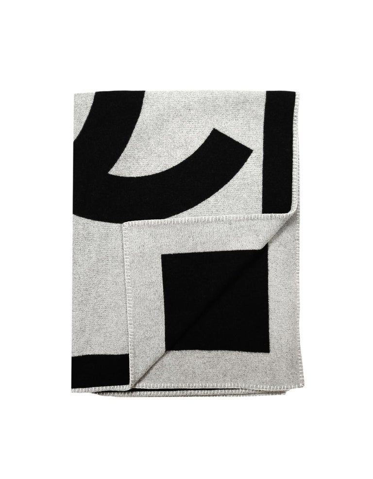 Chanel Black/Grey Merino Wool & Cashmere CC Throw Blanket In Excellent Condition For Sale In New York, NY