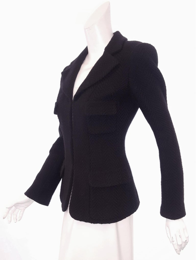 Women's Chanel Black Herringbone Wool 2006 Fall Collection Jacket For Sale