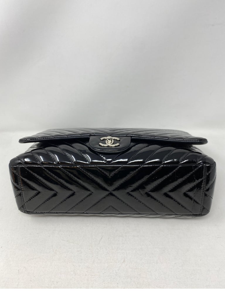 Chanel Black Jumbo Patent Leather Bag For Sale 7