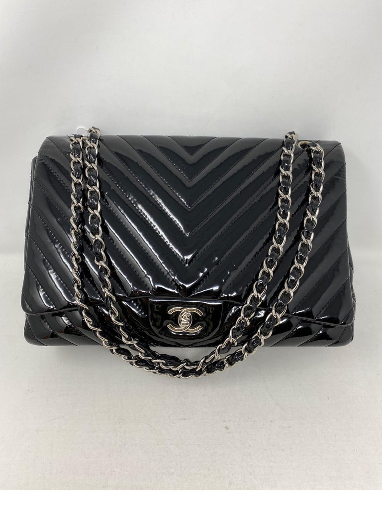 Chanel Black Jumbo Patent Leather Bag In Good Condition For Sale In Athens, GA