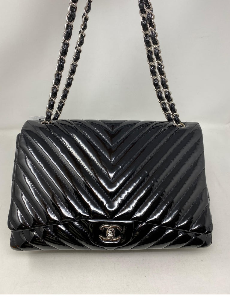 Women's or Men's Chanel Black Jumbo Patent Leather Bag For Sale