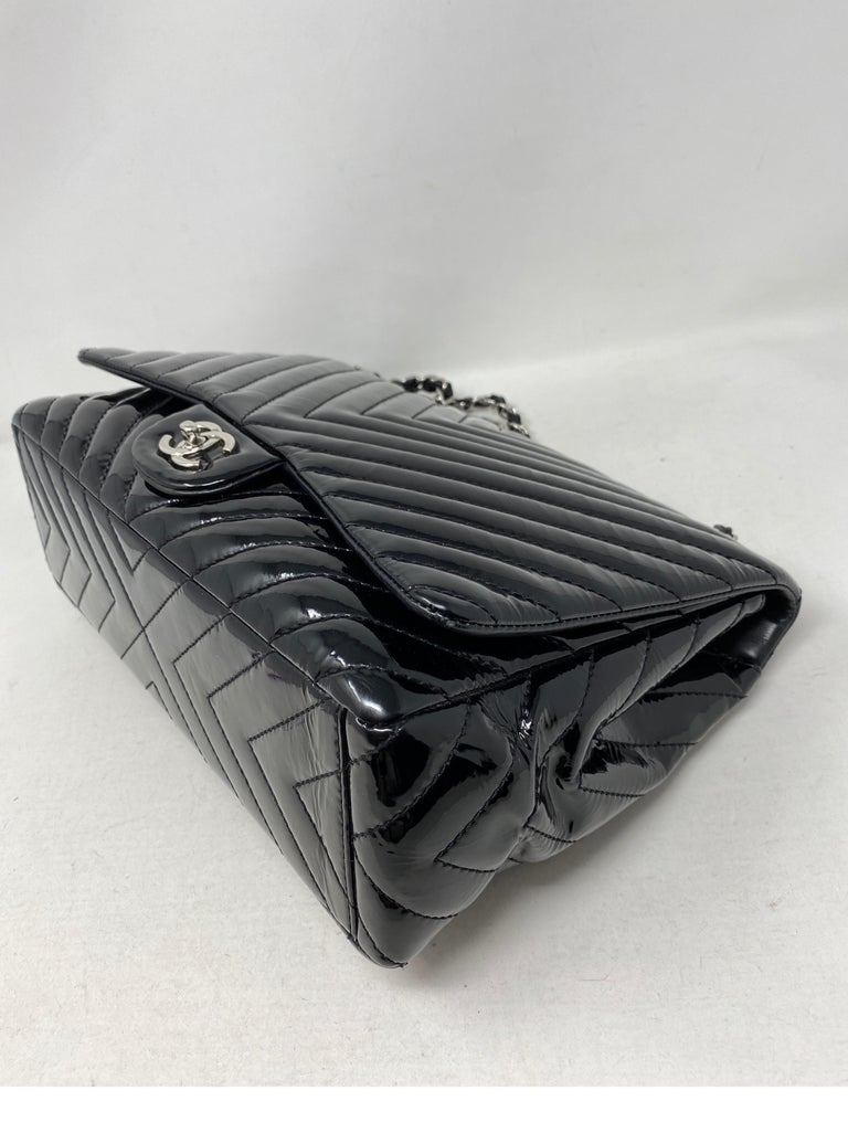 Chanel Black Jumbo Patent Leather Bag For Sale 2