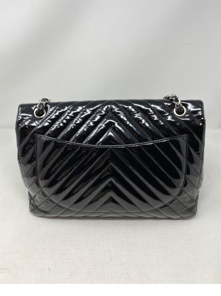 Chanel Black Jumbo Patent Leather Bag For Sale 4