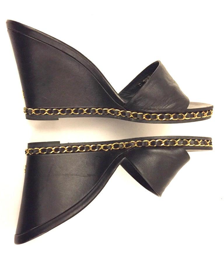 Women's Chanel black lambskin gold chain open toe platform sandals u For Sale