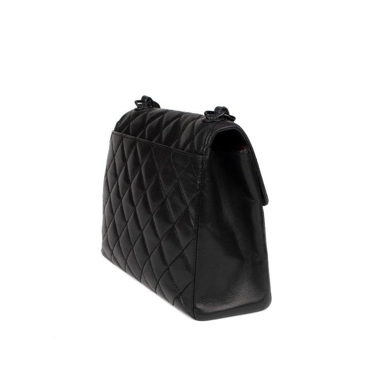 Women's Handbag Chanel Black Lambskin Leather ! For Sale