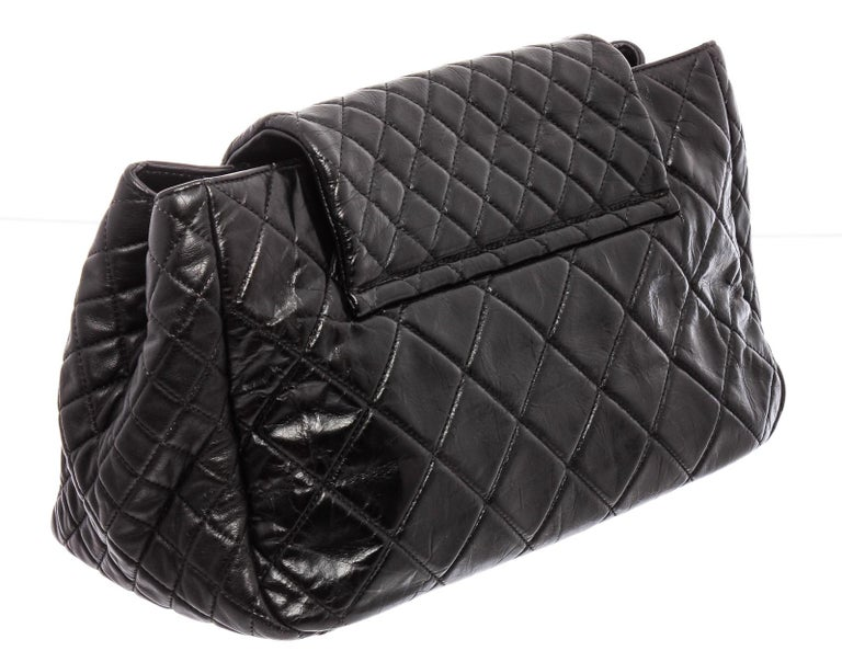 Chanel Black Lambskin Leather Reissue Accordion Flap Bag For Sale 3