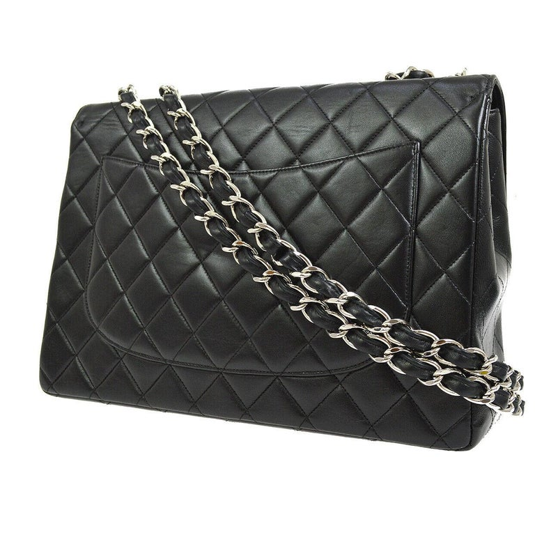 Chanel Black Lambskin Leather Silver Jumbo Evening Shoulder Flap Bag In Good Condition For Sale In Chicago, IL