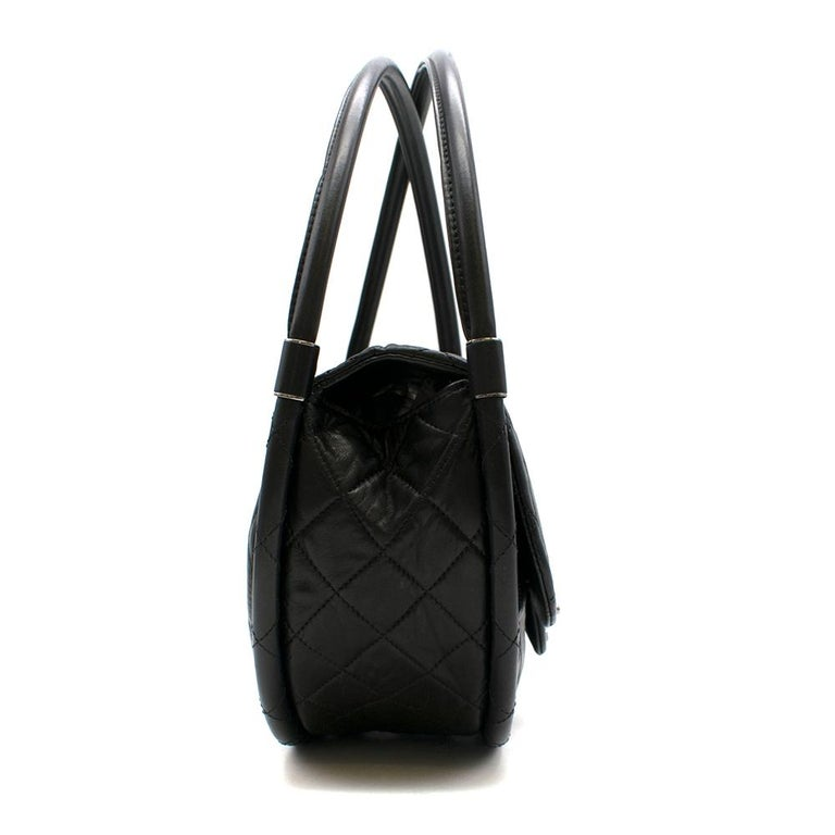 Chanel Black Lambskin Medium Wind Power Hula Hoop Bag In New Condition For Sale In London, GB