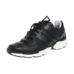 Chanel Black Leather And Canvas CC Low Top Sneakers Size 39.5