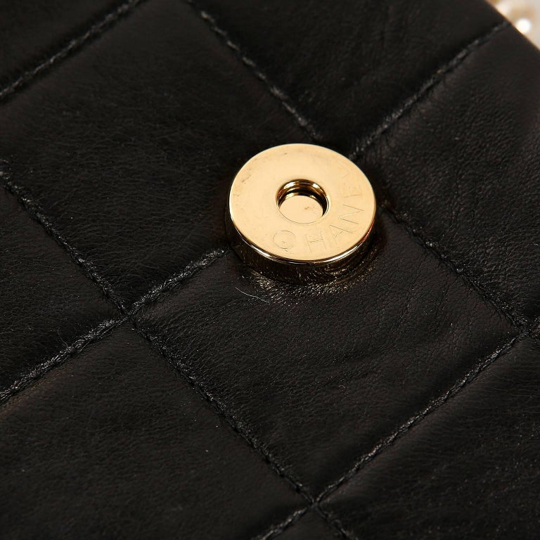 Chanel Black Leather and Pearl Bag For Sale 7