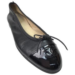 Chanel Black Leather Ballet Flats w/ Patent Toe & Bow-38.5