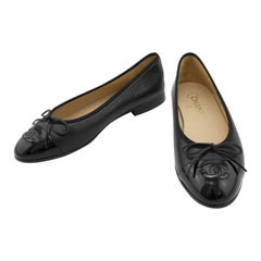 Chanel Black Leather Ballet Flats with Black Patent Leather Toe Sz 37