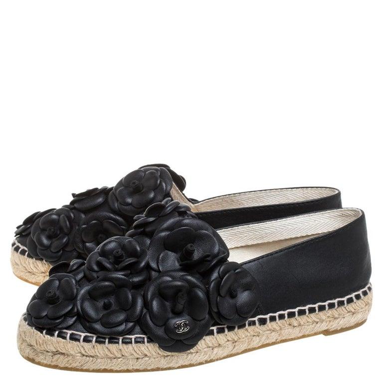 Chanel Black Leather CC Camellia Espadrilles Size 37 For Sale 1