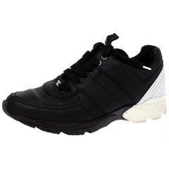Chanel Black Leather CC Low Top Sneakers Size 39