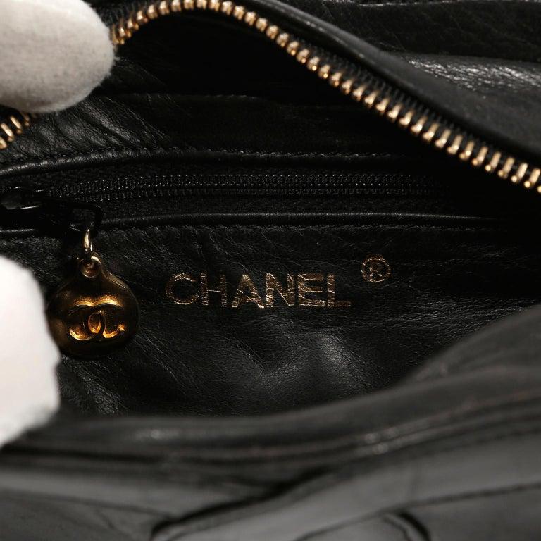 Women's Chanel Black Leather CC Vintage Crossbody Bag For Sale