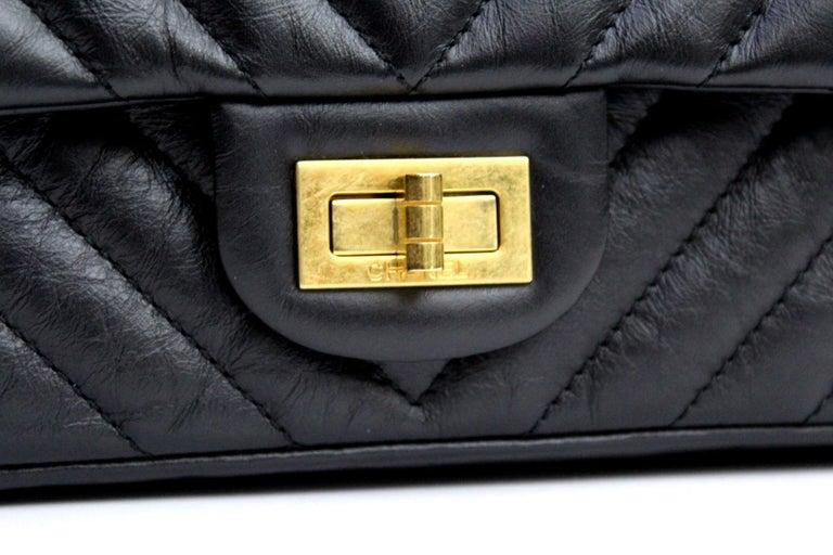 f18ed5878e2e77 Fantastic bag of Chanel model 2.55 small size, made of black lambskin. The  bag