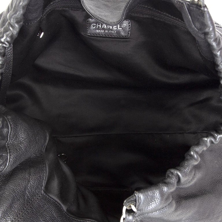 Women's CHANEL black leather COCO CABAS Shoulder Bag For Sale