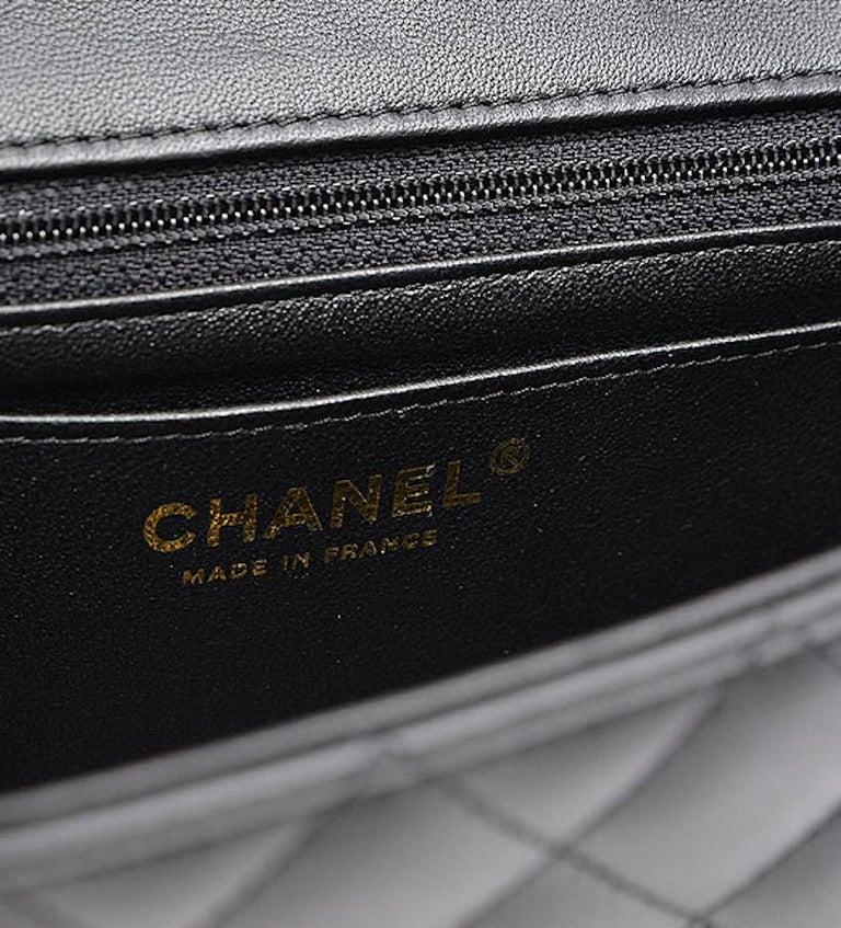 Chanel Black Leather Gold Gunmetal Charms Evening Shoulder Flap Bag For Sale 2