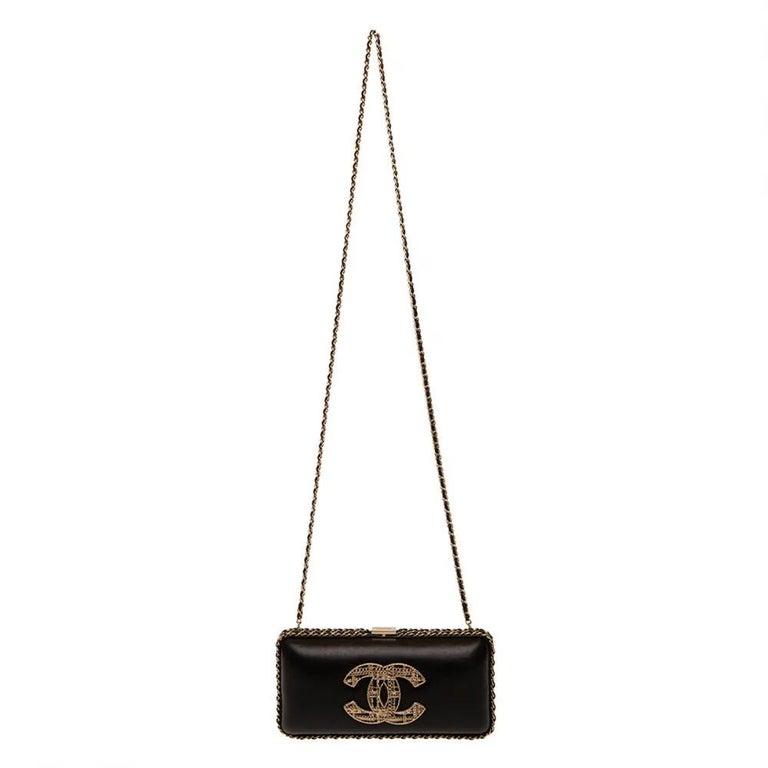 Black Chanel black leather gold hardware clutch - shoulder bag For Sale