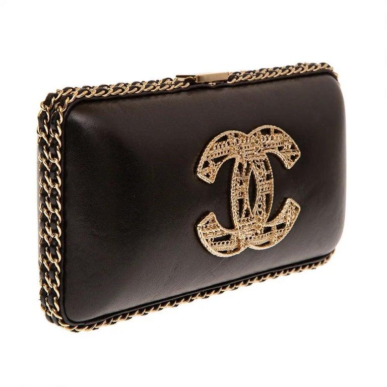 Chanel black leather gold hardware clutch - shoulder bag For Sale 3