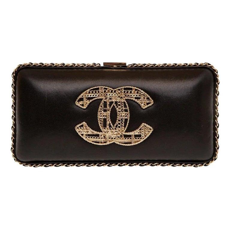 Chanel black leather gold hardware clutch - shoulder bag For Sale