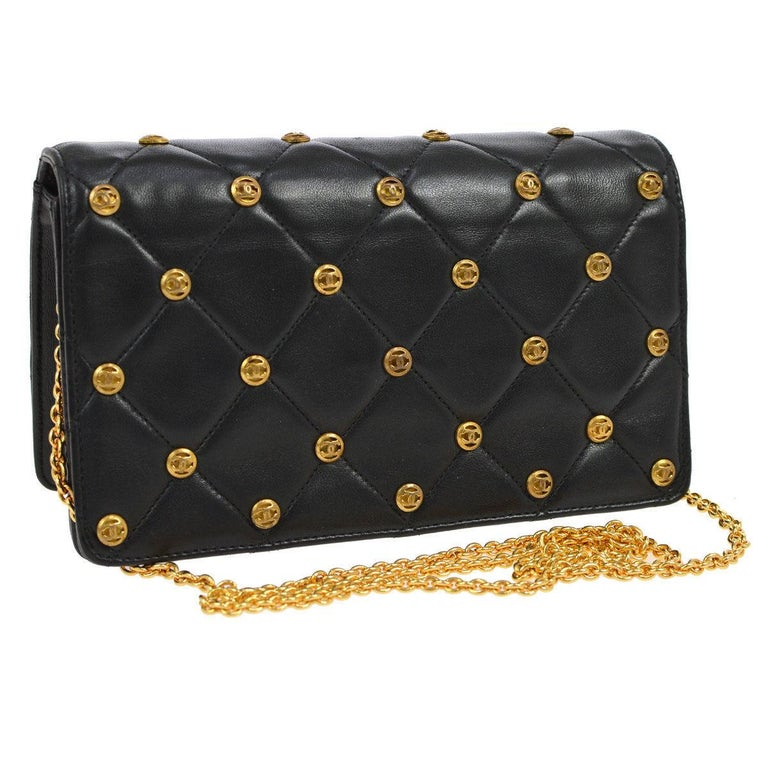 Chanel Black Leather Gold Logo Coin Clutch Evening Small Party Shoulder Flap Bag In Good Condition In Chicago, IL