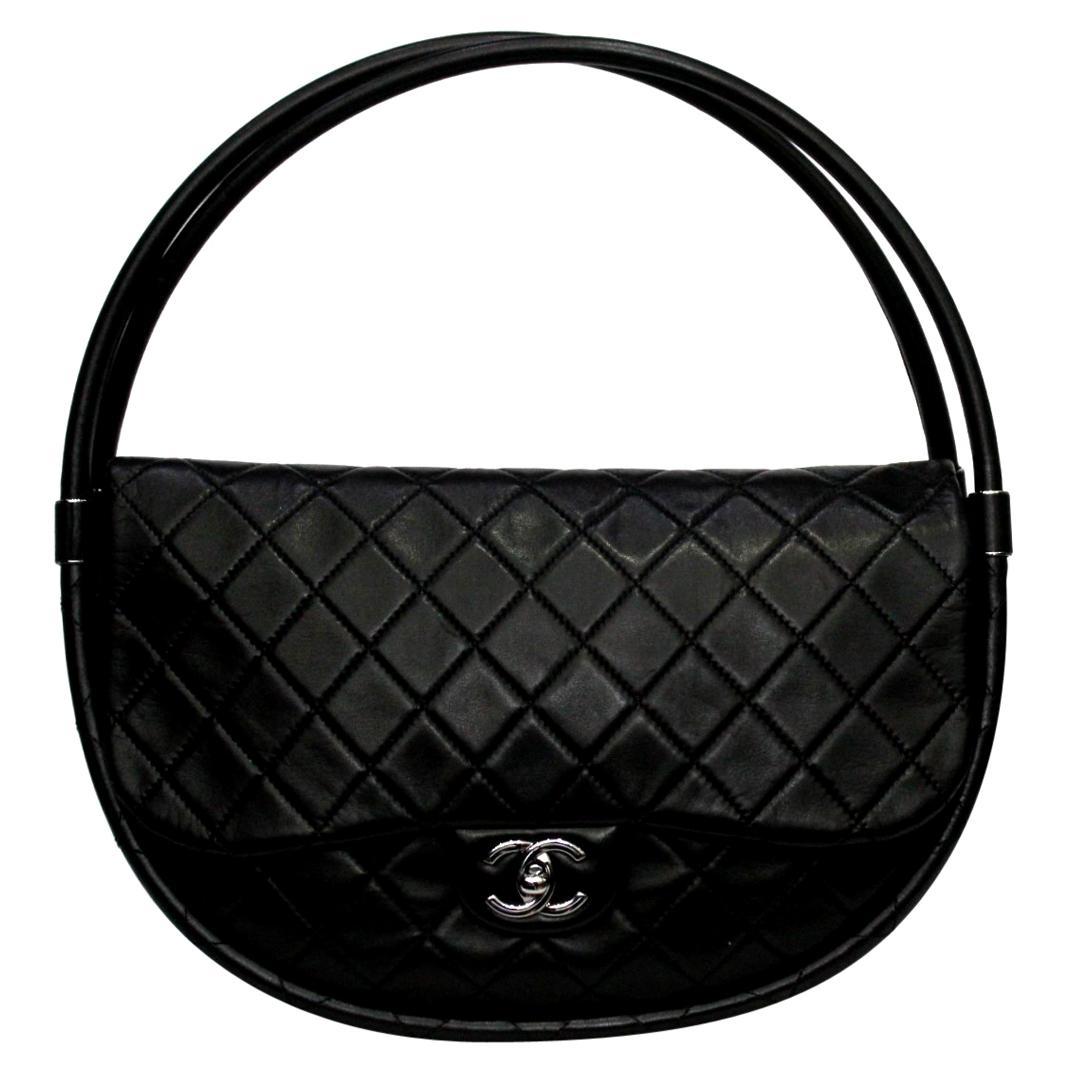 Chanel Black Leather Hula Hoop Shoulder Bag