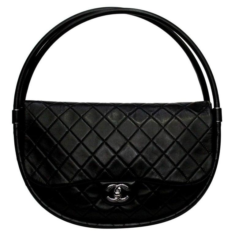 Chanel Black Leather Hula Hoop Shoulder Bag For Sale