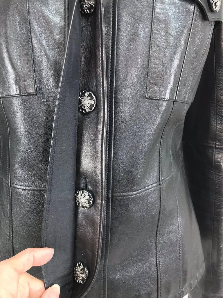 Chanel black leather jacket 2007A  40 For Sale 11