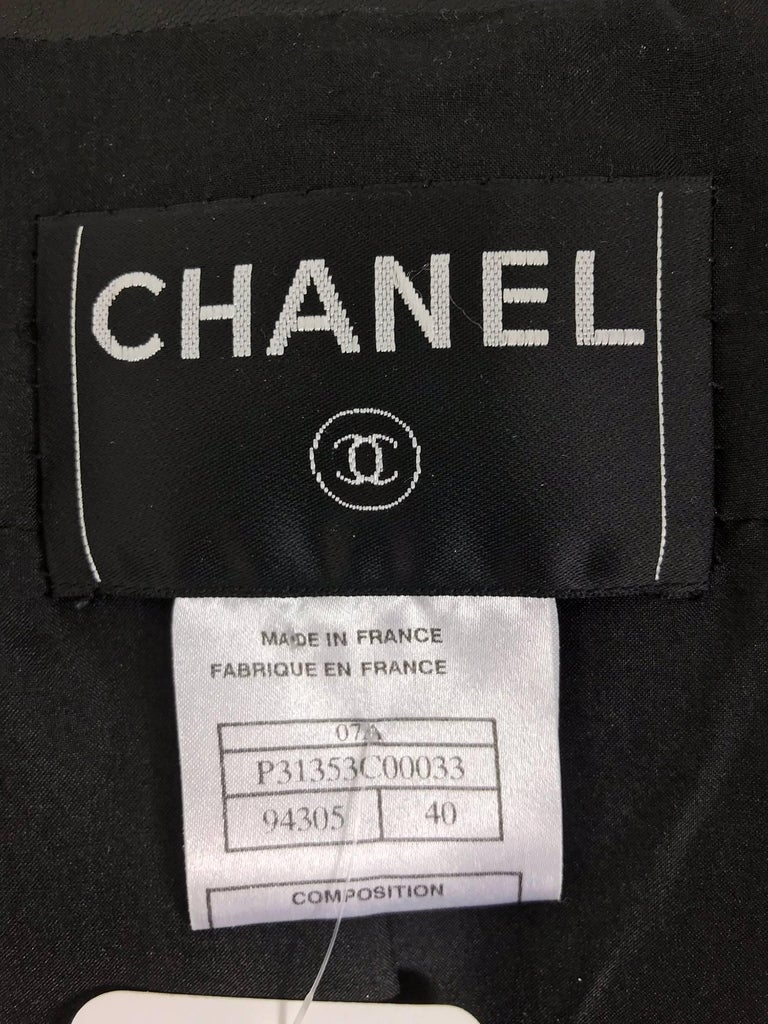 Chanel black leather jacket 2007A  40 For Sale 12