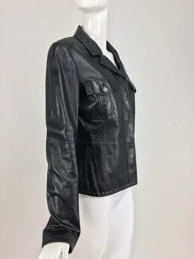 Chanel black leather jacket 2007A  40 In Excellent Condition For Sale In West Palm Beach, FL