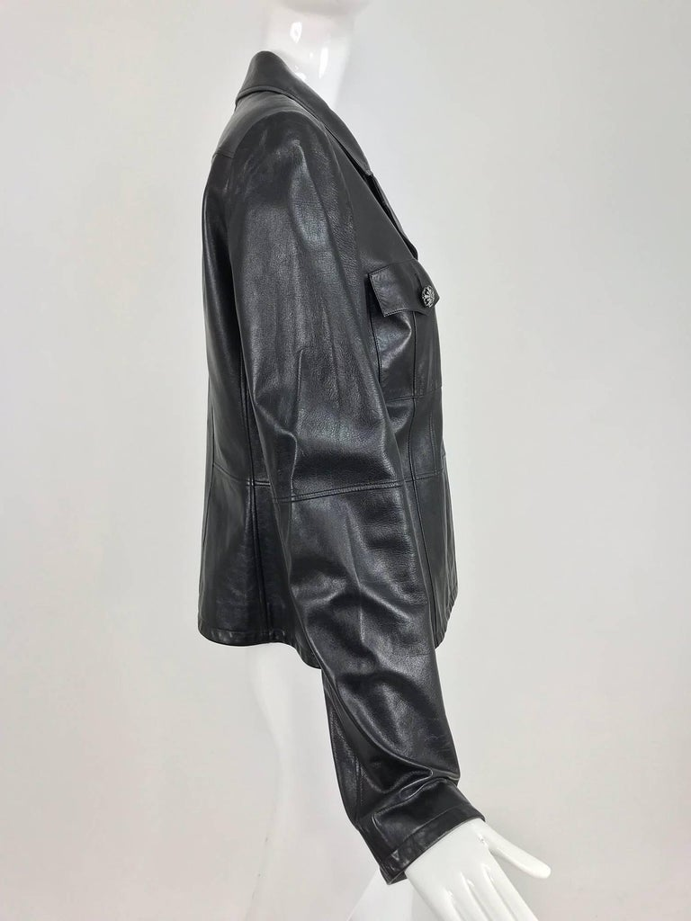 Women's Chanel black leather jacket 2007A  40 For Sale
