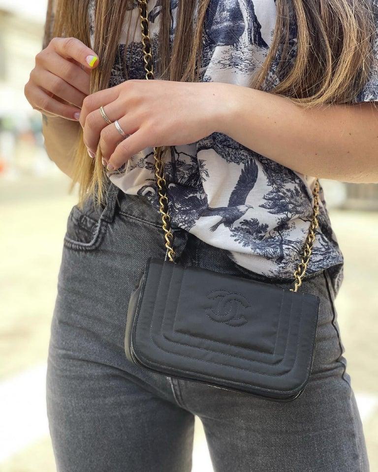 Chanel Black Leather Mini Vintage Bag For Sale 5