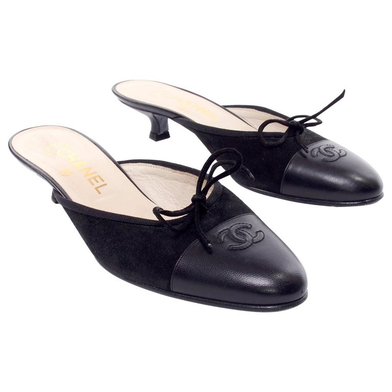 3dba5f3551 Chanel Black Leather Mules W Round Toe & Kitten Heels CC Logo Size 36 For  Sale
