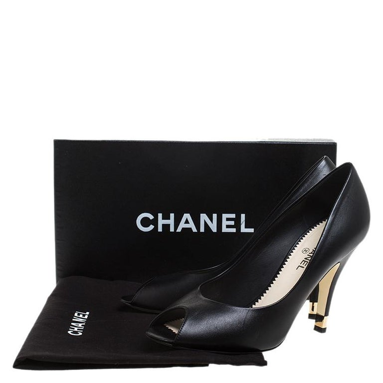 Chanel Black Leather Peep Toe CC Heel Pumps Size 38 For Sale 4