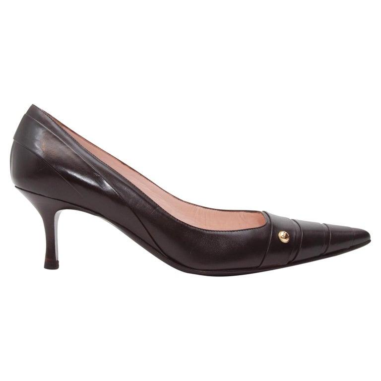 Chanel Black Leather Point-Toe Kitten Heels For Sale