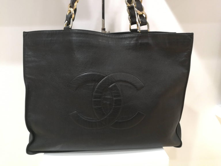 Chanel Black Leather Shopper Bag  gold tone hardware for the chain  CC logo on the front   Totally made in France