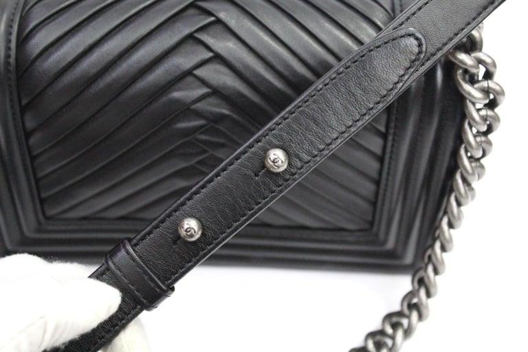 Women's Chanel Black Leather Small Boy Bag