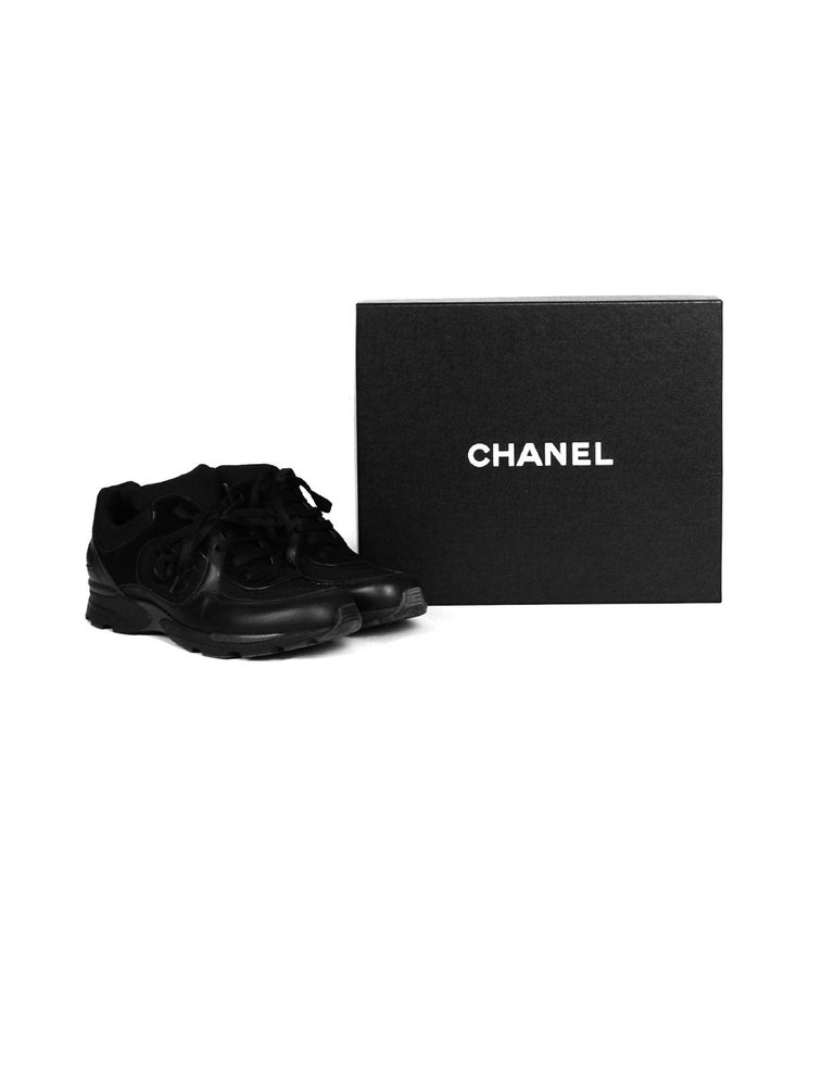 Chanel Black Leather/Suede Sneakers with CC Logo sz 40 For Sale 5