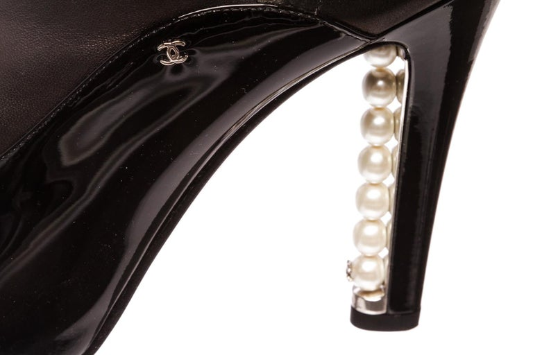Chanel Black Leather Thigh-High Pearl Heel Boots Heels 38.5 For Sale 6