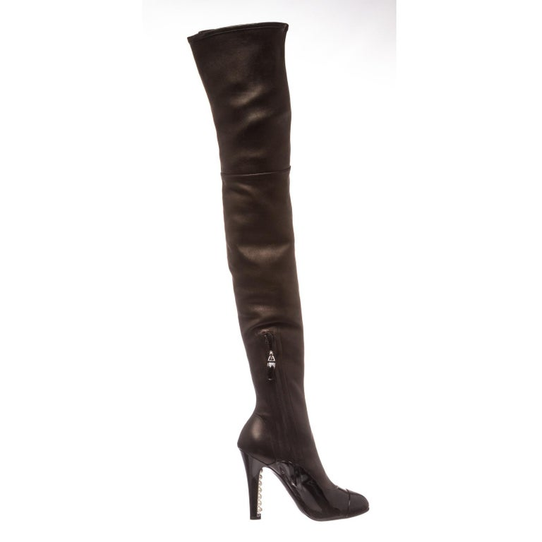 Women's Chanel Black Leather Thigh-High Pearl Heel Boots Heels 38.5 For Sale